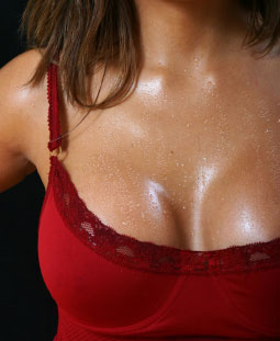 Woman with sweating chest - sweating neck and sweating breasts